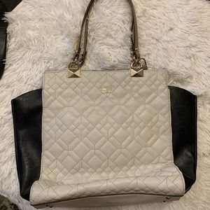 Cream and black Guess Tote.